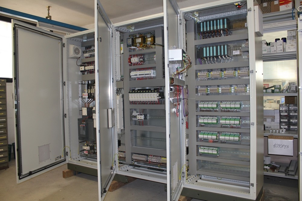 Schemi Quadri Elettrici : Quadri elettrici cagi